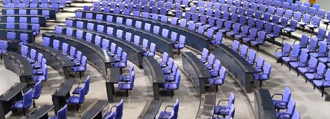 Leerer Plenarsaal = kein Interesse?